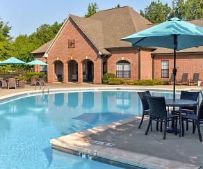 Pool, Lakeshore Ridge