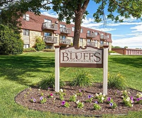 Community Signage, The Bluffs Apartments