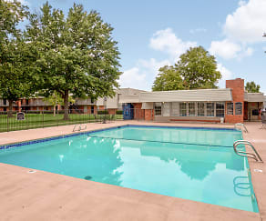 Pool, Heatherstone Apartments
