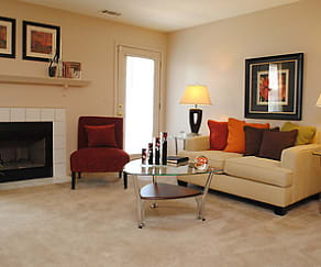 Living Room, Oak Pointe Apartments