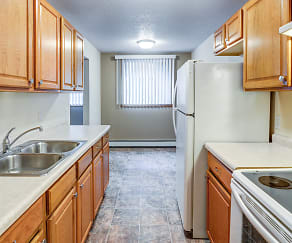 Kitchen, Burnsville Pointe Apartments