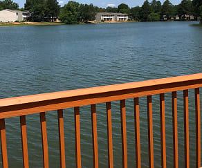 Pool, Lake Vista Apartments