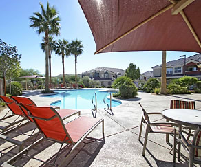 Pool, Ravello Townhomes