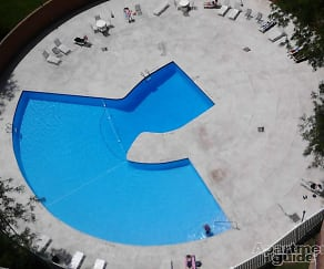 Pool, Dayton Towers
