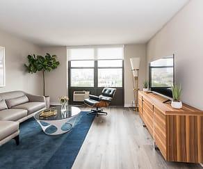 Living Room, Reside on Barry