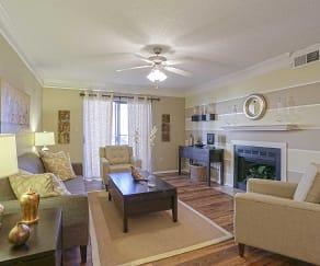 Living Room, Charleston Oaks