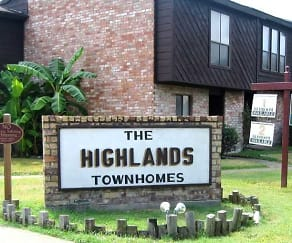 Community Signage, The Highland Townhomes