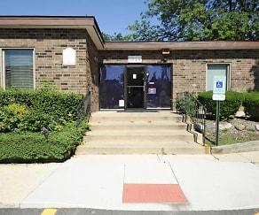Leasing Office, Lorlyn Of Batavia