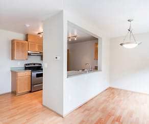 Kitchen, Townhomes at Mountain View - Sumner