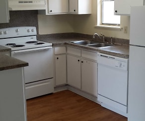 Kitchen, Coral Cay Apartments