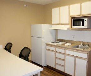 Kitchen, Furnished Studio - Houston - Sugar Land