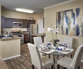 Dining Room, Legend Oaks