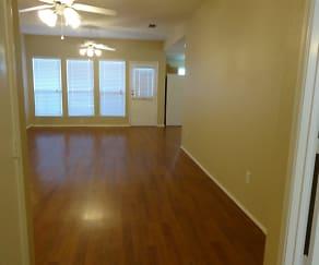 2736 Briscoe Drive, Chapel Creek, Fort Worth, TX