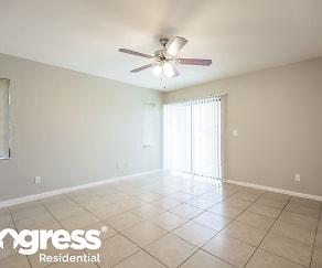 Living Room, 504 SE 17th Pl