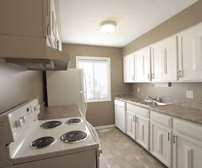 Kitchen, Lake Forest Townhomes