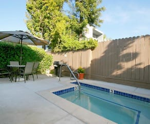 Pool, Vista Pointe I Apartments