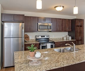 Kitchen, Cardinal Point Apartments