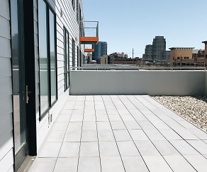 Patio / Deck, 601 West