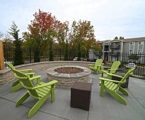 Fire Pit and Grilling Station!, The Rockland