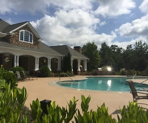 Poolside, Walden at Oakwood