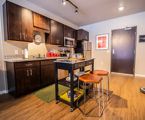 Kitchen, Southsider