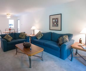 Living Room, Greenbriar Village Apartments & Townhomes