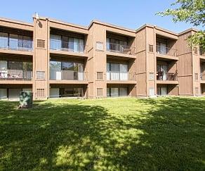 Building, Campus View Apartments