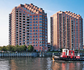 Building, Portside Towers
