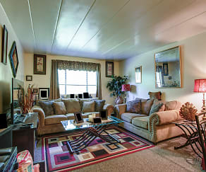 Living Room, Valley View Gardens