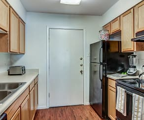 Kitchen, Pearl Apartments