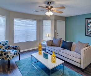 Living Room, Bradford Pointe