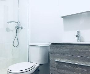 Bathroom, 5718 Winthrop