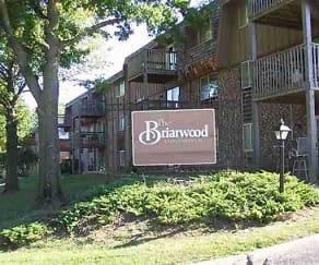 Building, Briarwood Condominiums