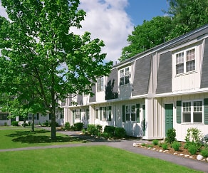 Building, Parke Place Townhomes