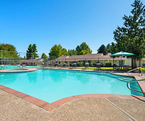 Pool, Tualatin Heights