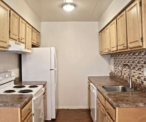 Kitchen, Merion Trace Apartments
