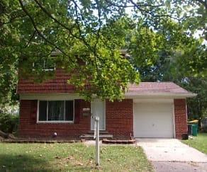 Front, 23014 Glenmoor Heights