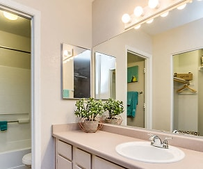 Bathroom, Pavilions At Arrowhead