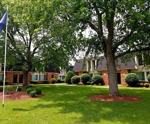 Townhouse Village Apartments, Mount Auburn, IN