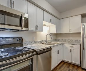 Kitchen, Bloomfield Place Apartments