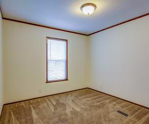 Bedroom, Pine Ridge