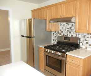 Kitchen, 1050 Southbury Lane #D1