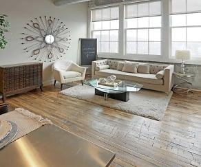 Living Room, Crescendo