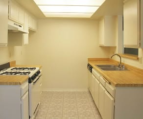 Kitchen, Oak Ridge Terrace