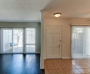 Living Room & Foyer, Eastbluff Townhomes