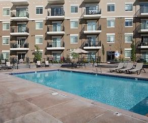 Pool, Kays Crossing