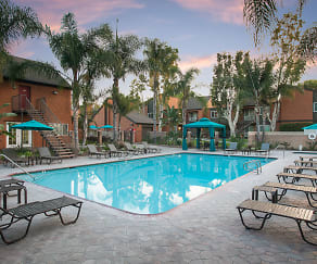 Pool, Highland Pinetree Apartments