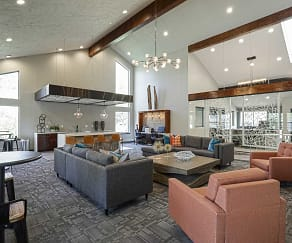 Clubhouse, Retreat At Water's Edge