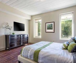 Bedroom, River's Edge