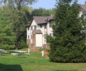 Building, Wood Ridge Apartments And Townhomes